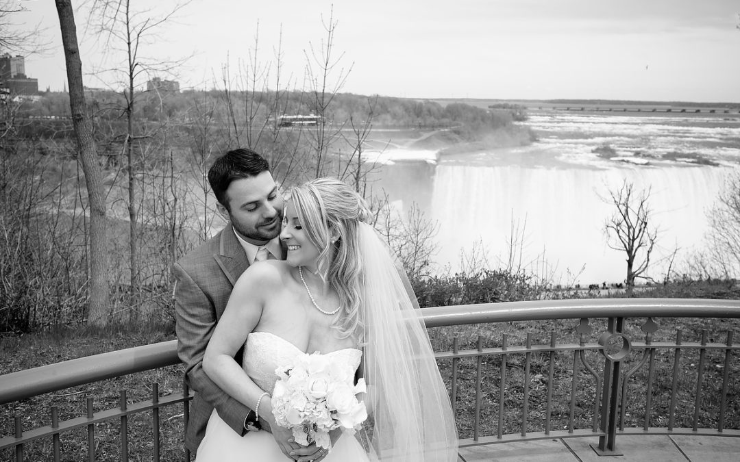 Could Niagara be wedding heaven?